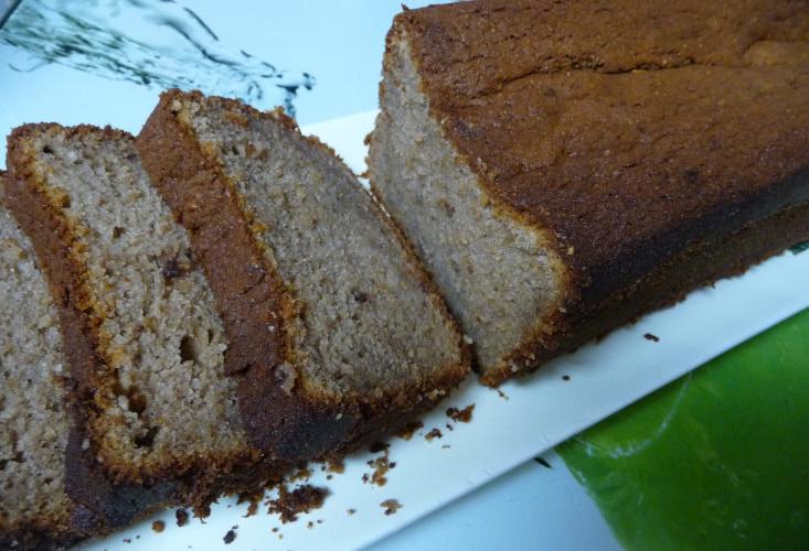banana-cashew-chocolate-cake